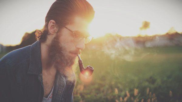 coupe de cheveux homme hipster